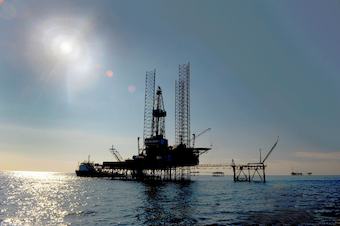 Control geodinámico y geotécnico en plataformas petrolíferas